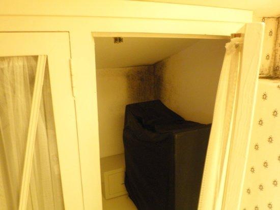 Salinas de Imon Hotel & Spa: armario