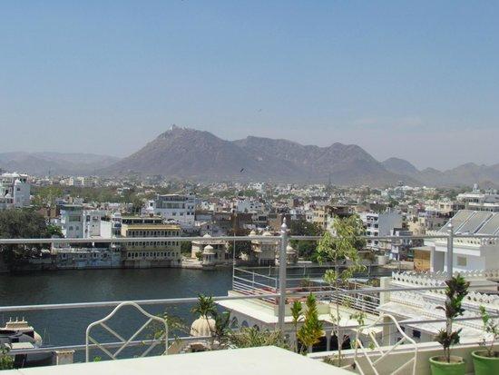 Pratap Bhawan: roof top restaurant view