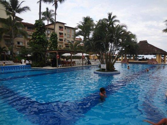 Canto Del Sol Plaza Vallarta: бассейн