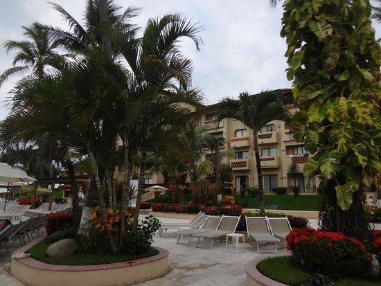 Canto Del Sol Plaza Vallarta: территория отеля