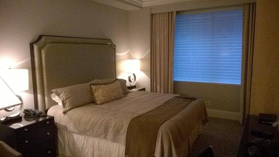 Omni Berkshire Place: chambre