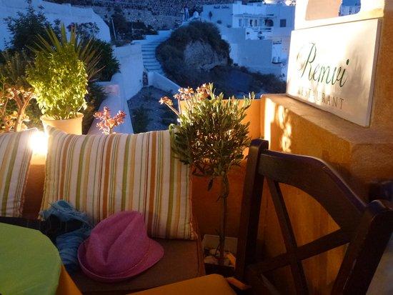 Remvi Restaurant: Уютно!