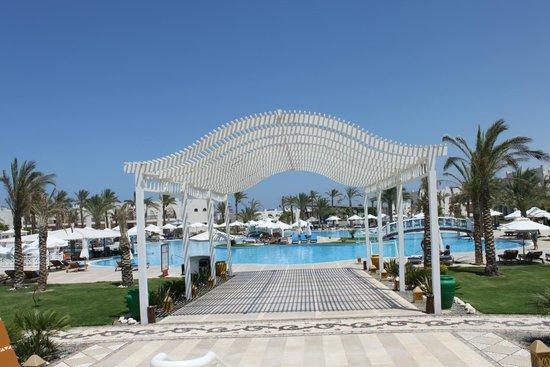 Hilton Marsa Alam Nubian Resort : Pool area
