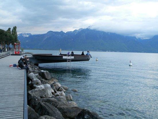 Lakeside Promenade Fleuri : Релаксация