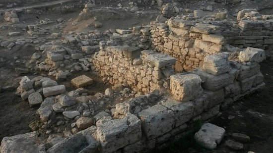 Kalos Limen Ancient Greek Settlement