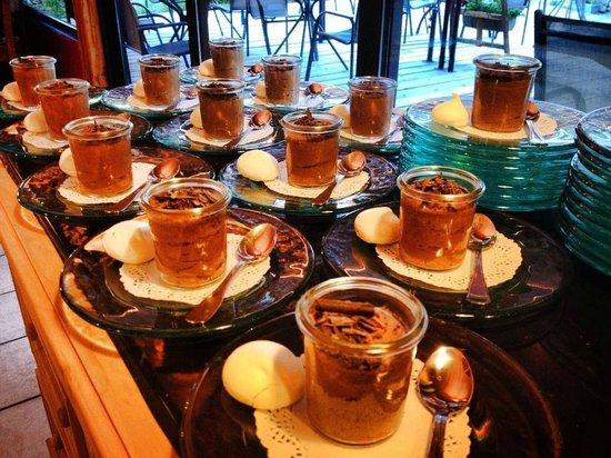 Chalet Hotel Les Blancs : Mousses au chocolat
