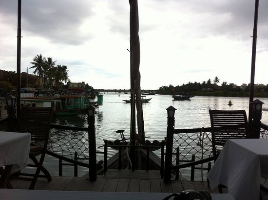 Cinnamon Cruises: View from our table!
