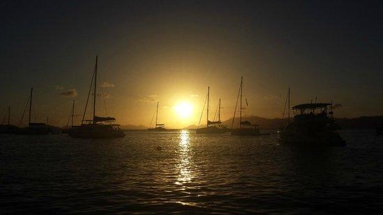 Cooper Island Beach Club Restaurant: Sunset from Cooper Island