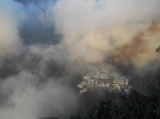 Vaishno Devi Mandir: Photo Taken from Bhairon Mandir!