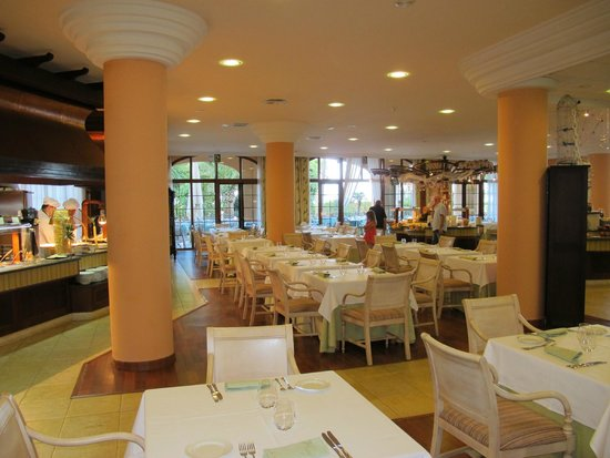 Hotel IPV Palace & Spa: Lovely dining room...