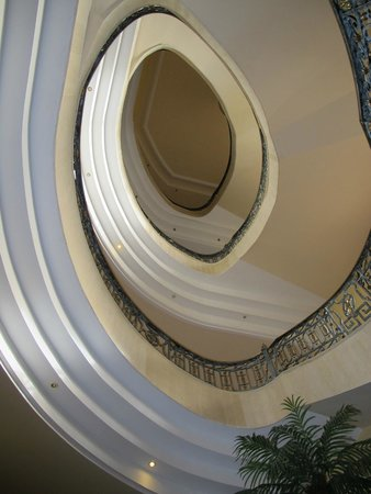 Hotel IPV Palace & Spa: Artist view of the stairway...