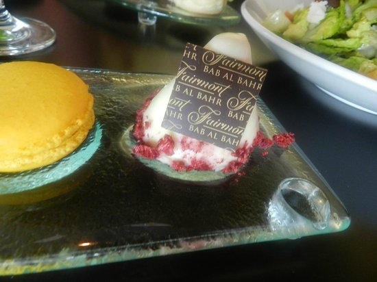 Fairmont Bab Al Bahr: Afternoon tea