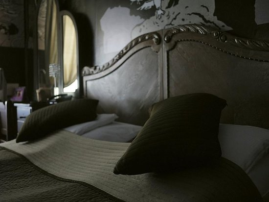Castle Inn: your bed :-)