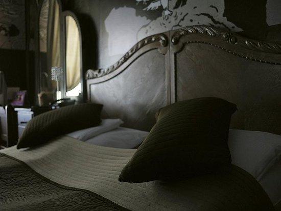 Castle Inn : your bed :-)