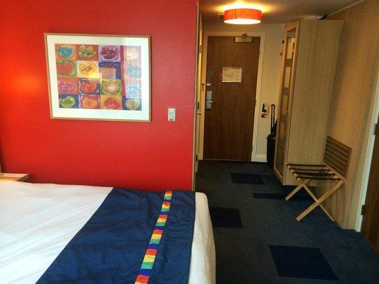 Park Inn by Radisson Belfast : Room