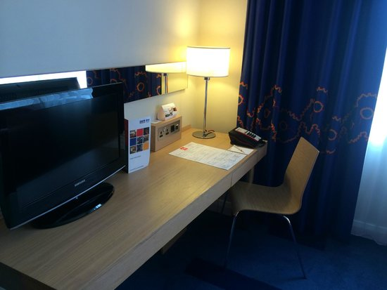 Park Inn by Radisson Belfast: Office space