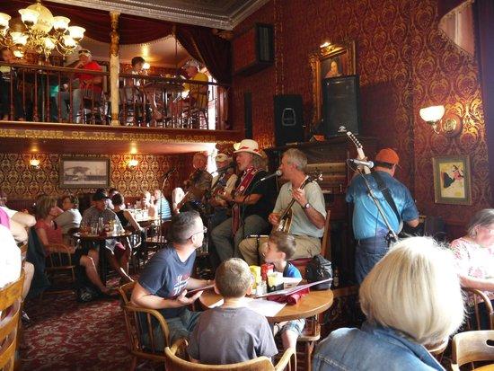 Diamond Belle Saloon: Musique country au Diamond Belle