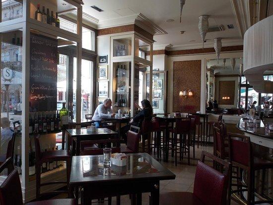 Café Sacher Wien: Кафе