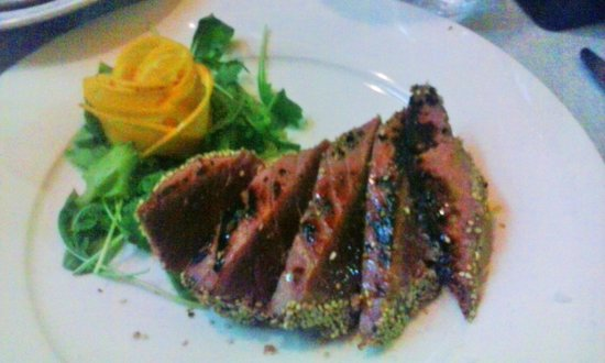 Kalos: Tagliata di tonno al sesamo