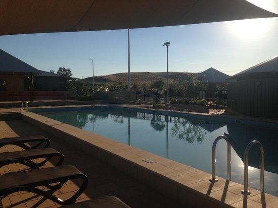 Best Western Plus The Ranges Karratha: Swimming pool at The Ranges