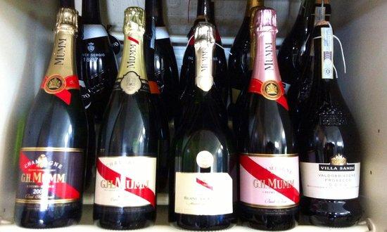 Coco's: Vini, Prosecchi e Champagne...
