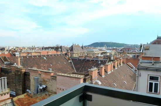 Thalia Residence : city view