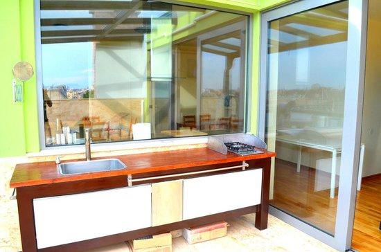 Thalia Residence : Terrace Kitchen