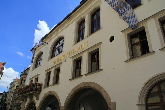 Hofbrauhaus Munchen: фасад