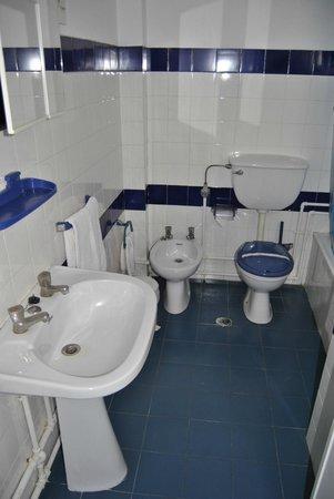 Hotel Da Gale : Bathrooms