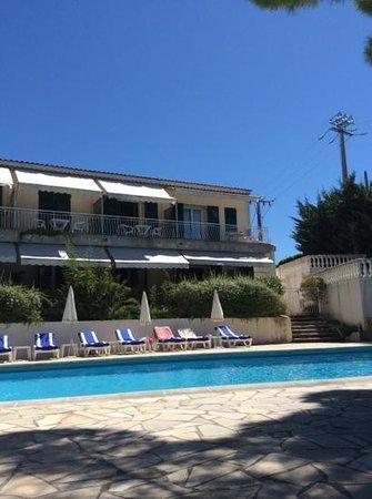 Hotel Auberge Du Redier : perfect pool