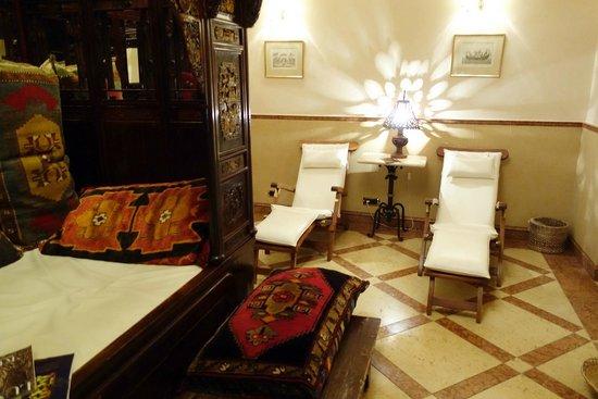 Alchymist Grand Hotel & Spa: Détente / piscine
