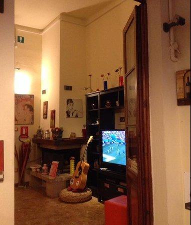Hostel Pisa Tower: Pisa Square