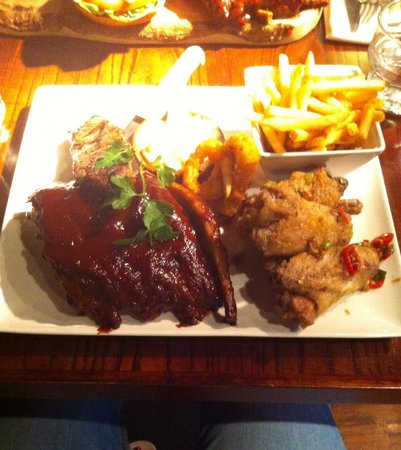 Panama Hatty's: Heaven on a plate, steak, salt and chilli chicken wings, sticky ribs, onion rings, coleslaw and
