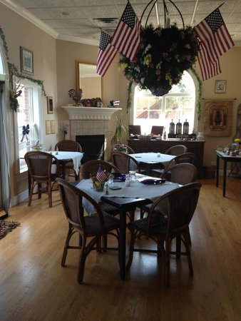 Old Town GuestHouse: Breakfast room