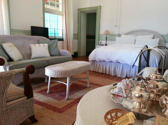 Inglesby and Plumtree Guest House : Victoria Main Bedroom