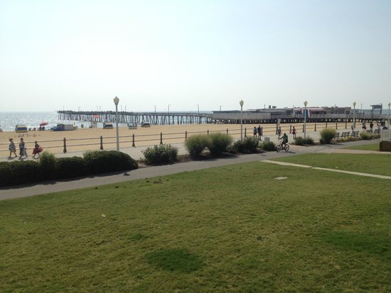 The Breakers Resort Inn: The hotel is right on the beach, bring your bikes and roller blades.
