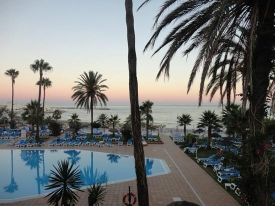Hotel Best Tritón: piscina