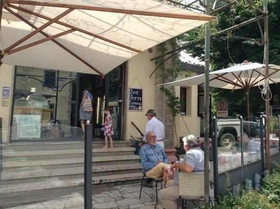 Bar sandy radda in chianti: terrasse tranquille