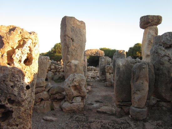 Torre d'en Galmes: Villaggio