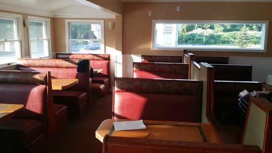 Cove Fish Market Dining Room Seating