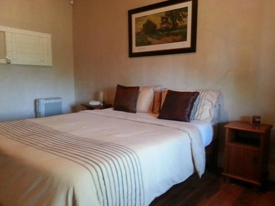 Inglesby and Plumtree Guest House : Sandstone House 2nd Bedroom