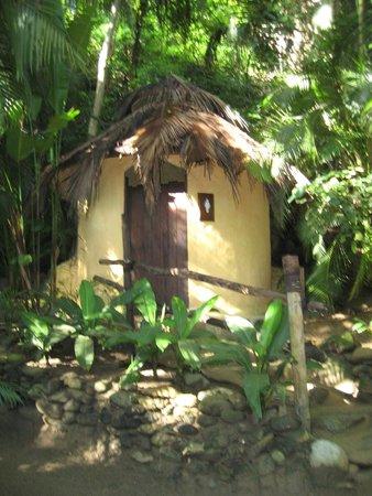 Vallarta Adventures - Las Caletas Beach Hideaway : Bathrooms