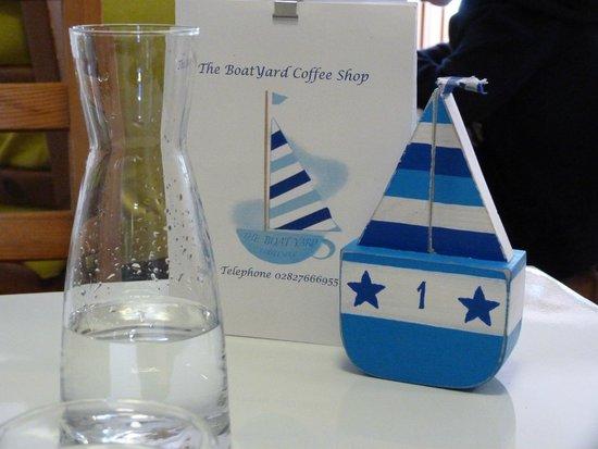 The Boatyard Coffee Shop Coleraine: Maman les p'tits bateaux Qui vont sur l'eau Ont-ils des jambes?