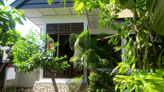 Anda Bungalows: outside view of room
