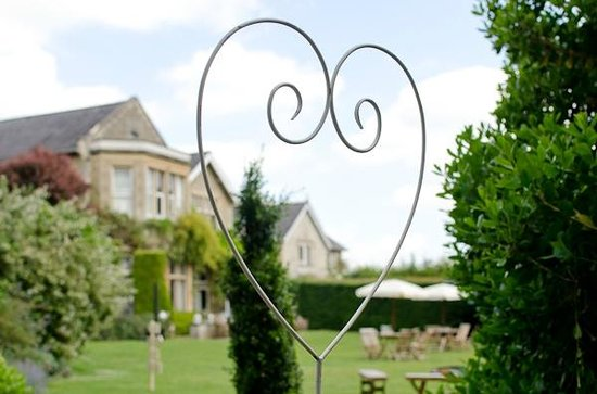 Homewood Park Hotel & Spa: The Hotel Grounds