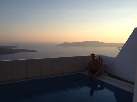 Aeolos Studios & Suites: sunset