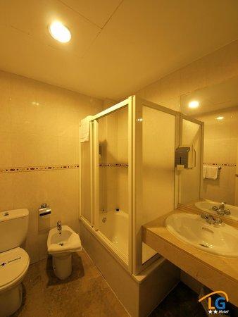 Hotel Los Galanes: Boño con ducha