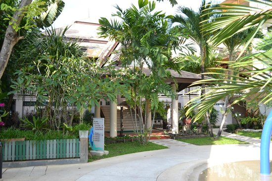Thara Patong Beach Resort & Spa: Hotel