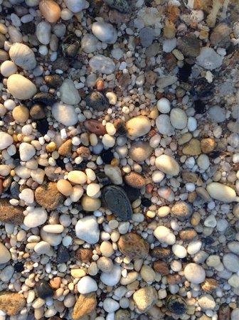 Sunset Motel: Beautiful rocks!