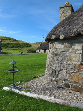 Mary's Cottages: Peace, Style and Charm!